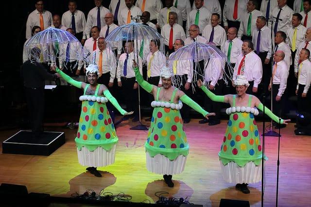 MacArthur Park dancers